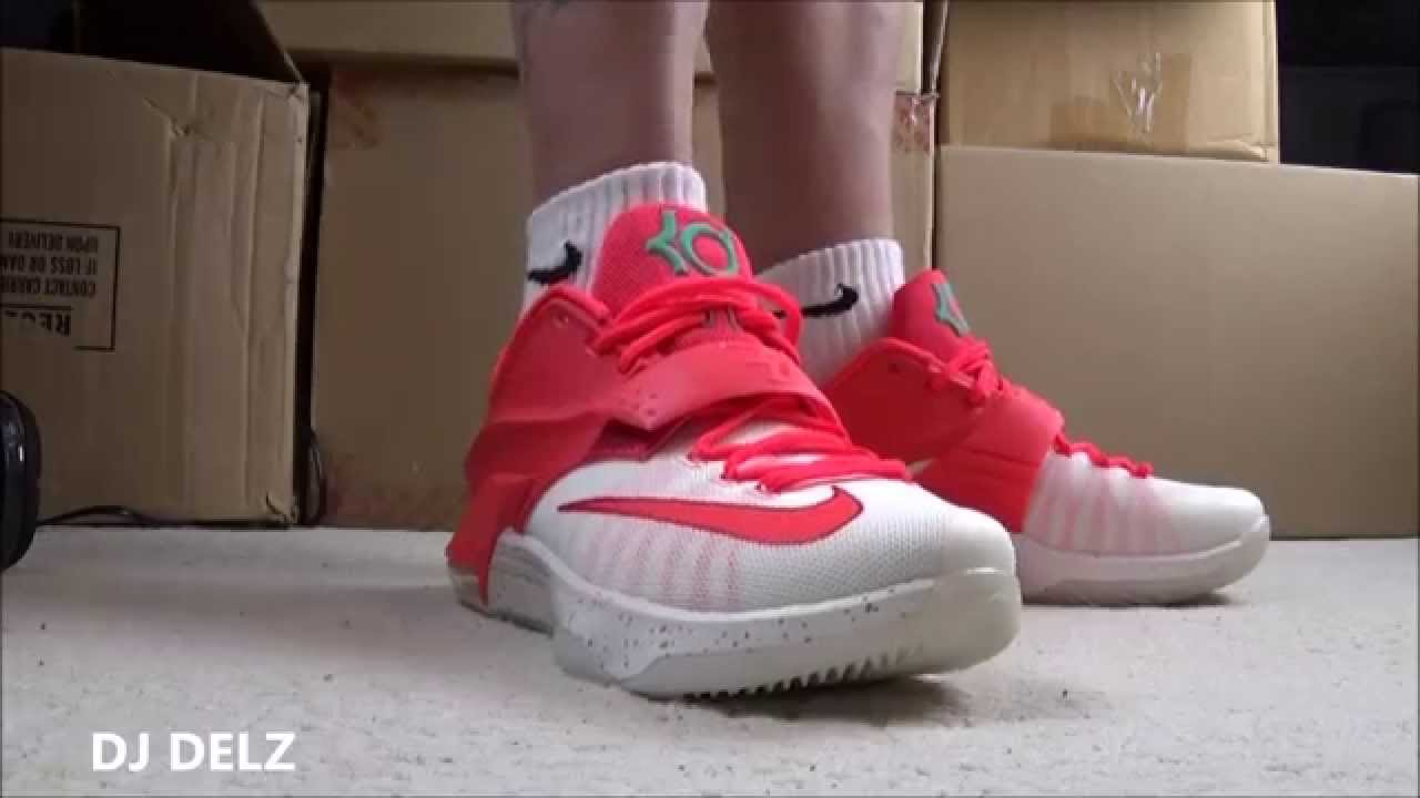 Kd 5 Christmas On Feet Nike KD 7 Eggnog Sneak...