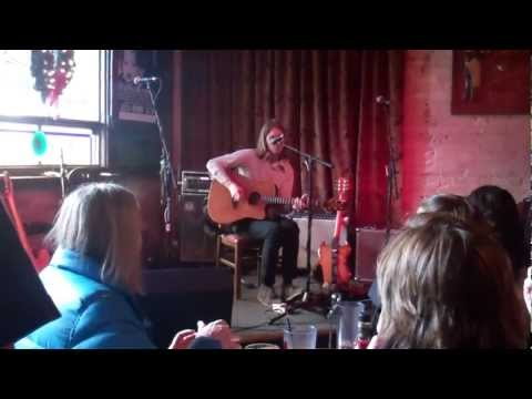 Sadler Vaden (acoustic)