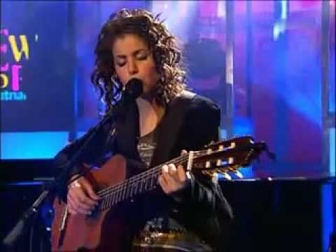 Katie Melua - Nine million Bicycles 2005 live
