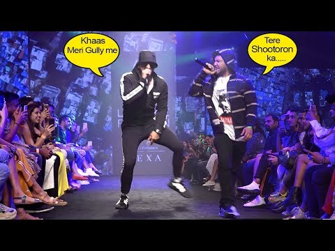Ranveer Singh's CRAZY Rap With Naezy- Meri Gully Mein,Apna Time Aayega @LakmeFashionWeek 2019