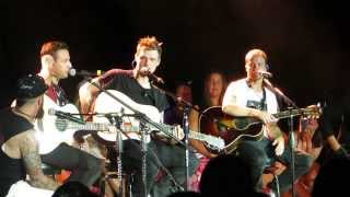 Backstreet Boys Cruise 2013 - Group B Concert - Howie's voice cracking :)