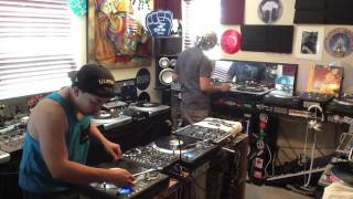 Skratch session @ The House Of WaxXx with DJ EarwaxXx & DJ Dynamix -  April 2013