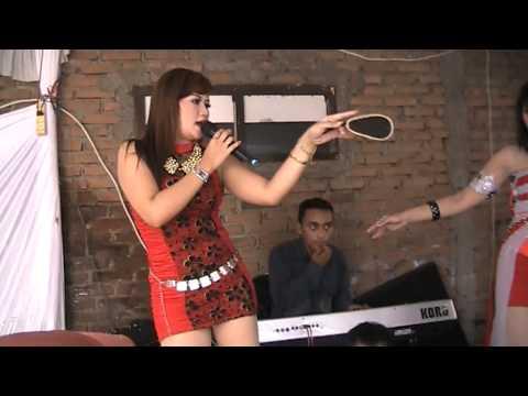 ADITA NADA - Devi feat Mei