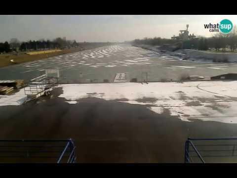 Jezero Jarun Zaleđena Veslacka Staza Snijeg 03 01 2017 Youtube