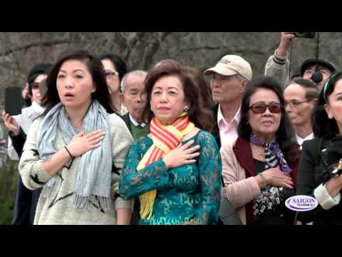 Le thuong ky dau nam tai Tuong Dai Viet My - Veterans Park, Arlington - TX p1