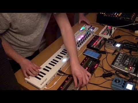 1,5 Hour Korg Volca Live Show - Melodic House & Techno (2018-03-16)