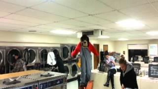 Harlem Shake - Laundromat Style