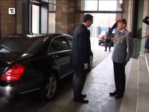 Aleksandar Vučić sa nemačkim ministrom odbrane Tomasom de Mezijerom