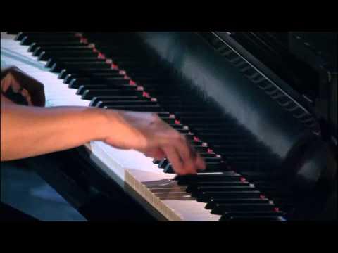 Frim Fram Sauce - Diana Krall - (Live in Rio) HD