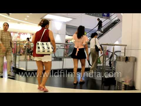 Thai women at a shopping mall in Bangkok