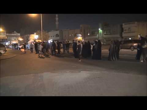 Bahrain : Police APC's Attack People Repudiating From All The Dictators Of The World