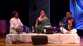 Sudha Ragunathan singing Aadadha Manamum Undo from MGR's movie Mannadhi Mannan - Tribute to MLV amma