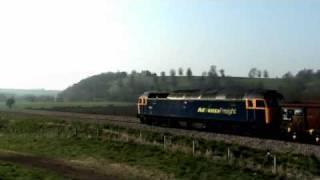 6Z37 Eastleigh - Gloucester. 47237 Roars Past Newton St Loe 02/04/2009