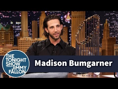 "Madison Bumgarner Gives Jimmy a ""MadBum"" Gift"