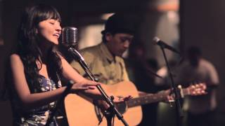 Download Stars and Rabbit - Like It Here (Live at Deus) Mp3