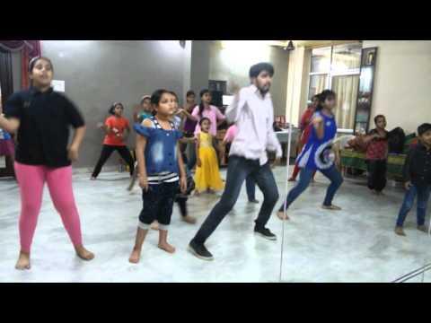 tu kheech meri photo 2 choreography A K A DANCE ACADEMY AKSHAY BANIYA