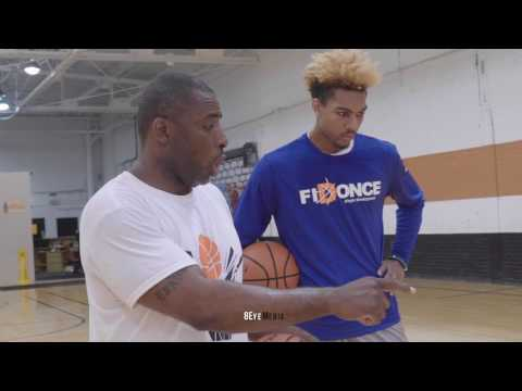 2Reasons -  Charlie Brown working with Pooh Evans at Fidonce