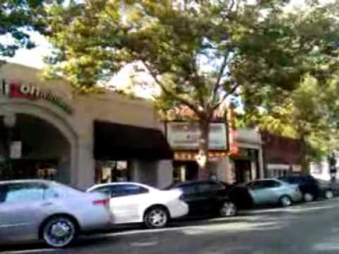 Palo Alto, California Driving on University Avenue