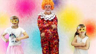 ВЕСЕЛЫЙ КЛОУН! Танцевальный челлендж LITTLE BIG в карнавальных очках! LITTLE BIG DANCE CHALLENGE!👯