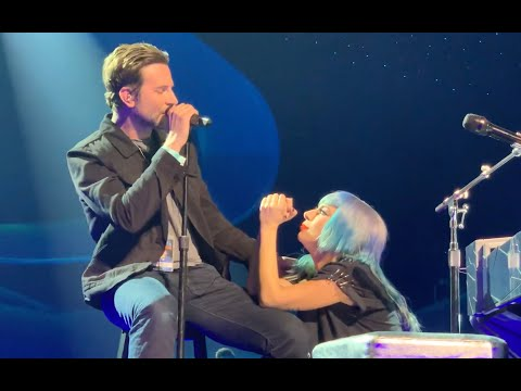 J. Cortez - Bradley Cooper Joins Lady Gaga To Perform 'SHALLOW'