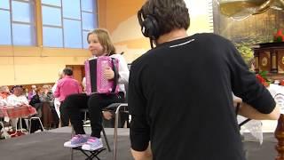 Cover Cover Glenn Miller – In the Mood  Madlyn accordéon 9 ans – Madlyn Music – Enfant accordéon
