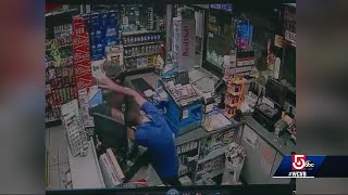 Man tries robbing clerk trained in martial arts ... it doesn't go well
