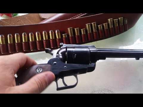 Super Blackhawk 44 magnum western tacticool