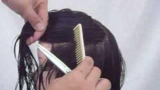 黃思恒編製數位美髮影片-劃分U型分區線-1