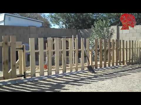 Woodworking # 51 - DIY How to Build a Garden Fence using Reclaimed Pallets Wood