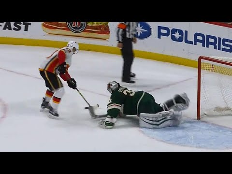 Download Youtube: Flames' Gaudreau scores questionable shootout goal vs. Wild