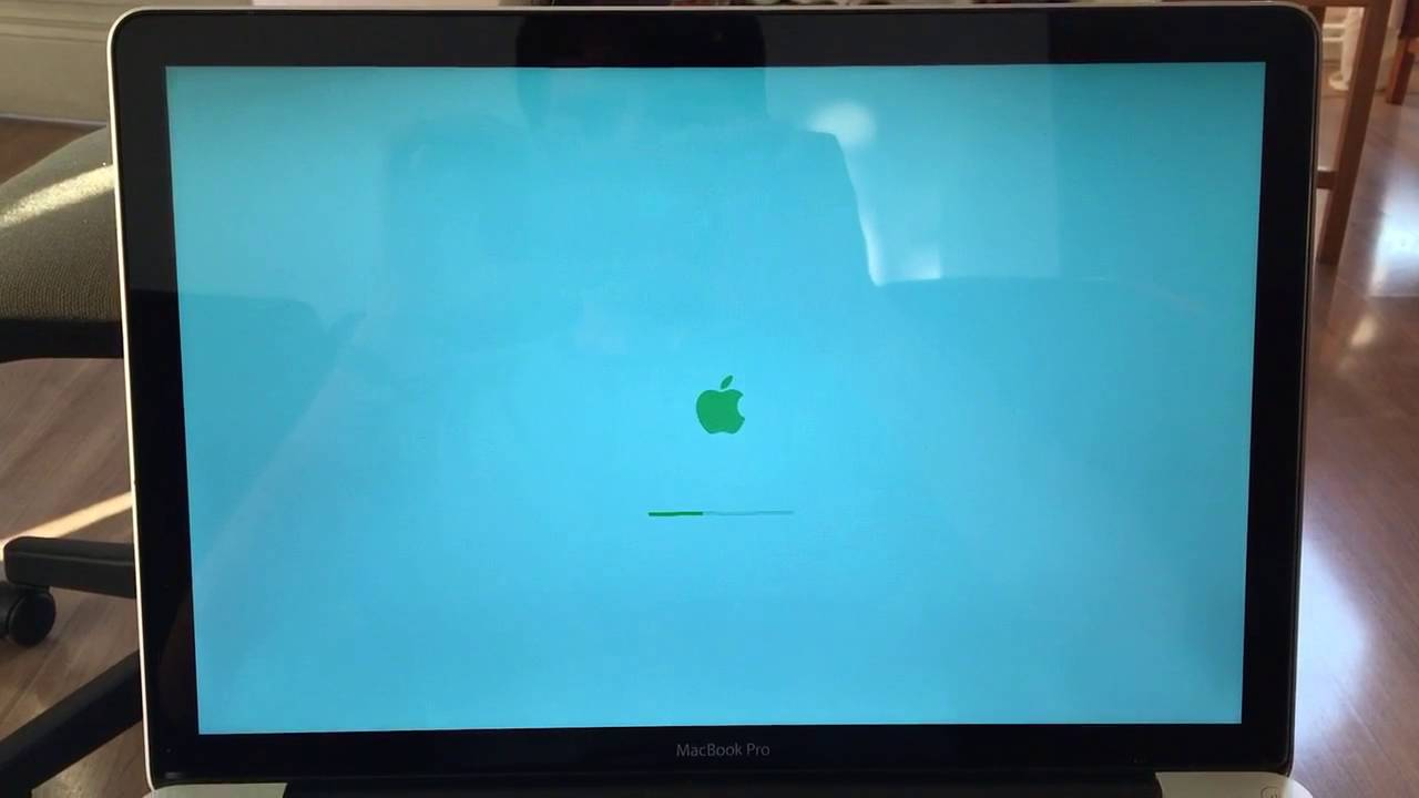 MacBook Pro randomly reboots - green graphics issue