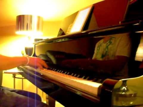 Rieng Mot Goc Troi-Piano