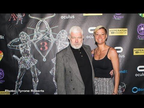 Kim Renee Presents the Stunt Lifetime Achievement Award to Jennifer Caputo at Artemis 2017