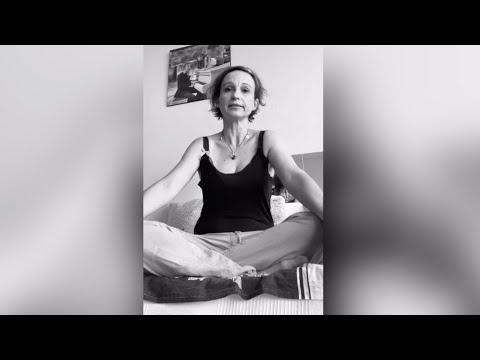 Cours Yoga Kids Méditation<br>par Pascale Faure<br>Durée : 5 minutes