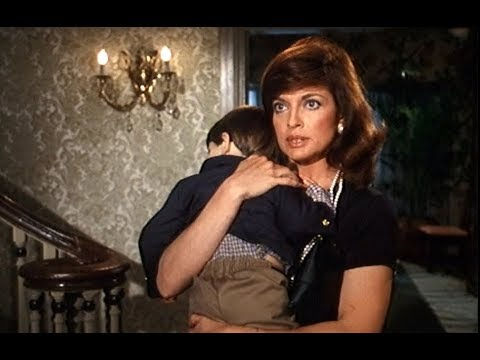 DALLAS - JR STOPS SUE ELLEN FROM TAKING JOHN ROSS