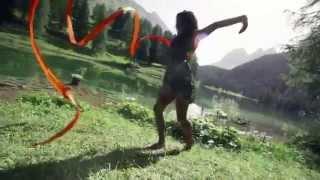 Великолепное видео из Швейцарии!(Одногруппница Анны из консерватории Цюриха представляет красивое видео с великолепными пейзажами, вокало..., 2014-06-05T12:37:30.000Z)