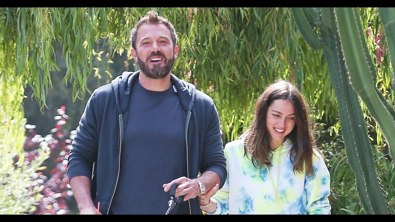 Ben Affleck's Kids Put a Cardboard Cutout of Girlfriend Ana de ...