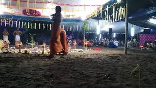 Kalamezhuthum Pattum | Sarppam Thullal