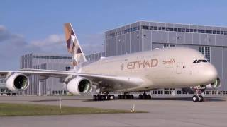 Timelapse Painting of an Airbus A380 | Eithad Airways