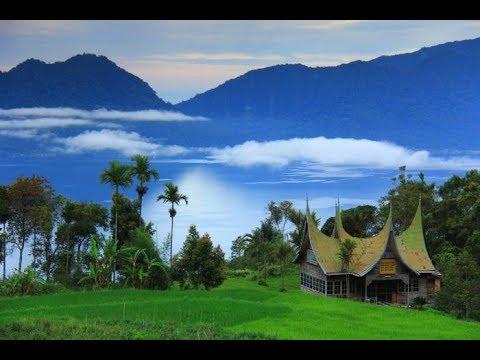 Travel Around Lake Maninjau    Jalan-Jalan Mengelilingi Danau Maninjau   