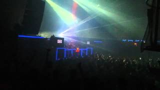 Cierre sesion Chemical Brother´s @ Fabrik 28-04-12.m4v
