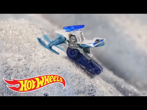 snow-stormers™-star-in-snow-day-stop-action!-|-hot-wheels