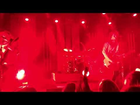 5 Seconds of Summer - Valentine (Live Antwerp 23/03/18)