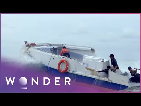 Team Of Engineers Build Escape Vehicle From Shipwrecked Boat (Part 4) | Escape EP4
