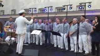 Nieuwendammer Shantykoor zingt Fiddlers green