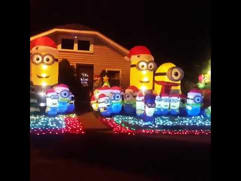 christmas minions in new albany in