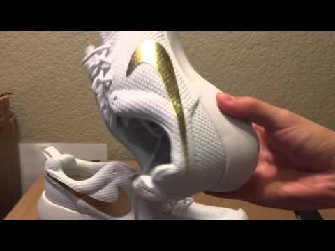 nike-roshe-run-shoes-review-white-with-gold-swoosh