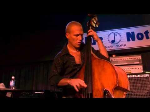 Avishai Cohen - 'Nu Nu' Live (Blue Note New York, 2006)