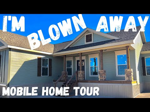I'm Blown Away By This Mobile Home! Watch This Deer Valley Triple Wide Mobile Home Tour.