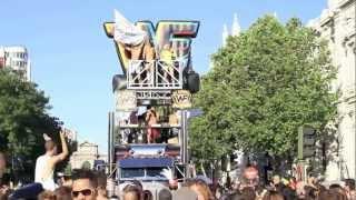 Desfile del Orgullo gay 2012 Madrid.mov